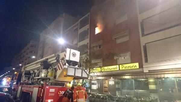 Incendio en una vivienda de Oliva