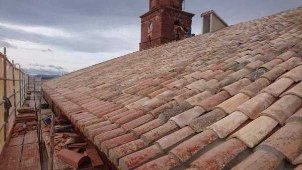 Reparada la cubierta de la iglesia de Santa Catalina de Ródenas (Teruel),