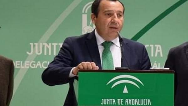 Ruiz Espejo. Delegado de la junta