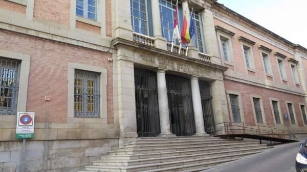 Fachada, Toledo, Economía, Castilla-La Mancha