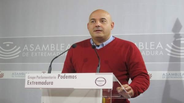 Diputado del Grupo Parlamentario Podemos en la Asamblea Obed Arnaldo Santos
