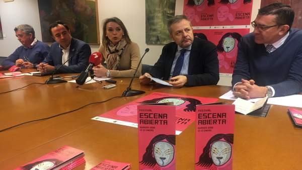 De izquierda a derecha, Lozano, Martínez, De la Fuente, Payo ey De Miguel
