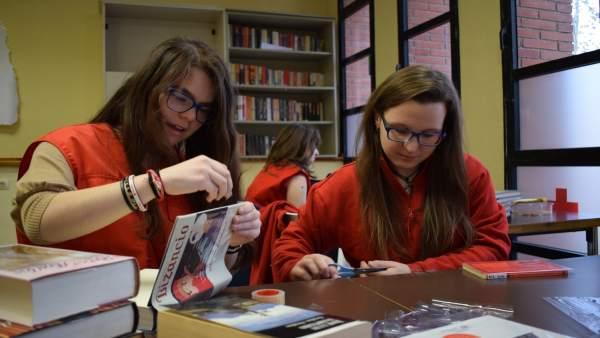 Nota De Prensa: Biblioteca De Cruz Roja Juventud
