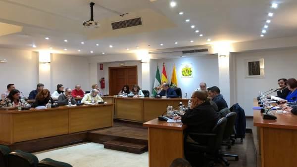 Imagen de archivo del pleno municipal en Los Barrios (Cádiz)