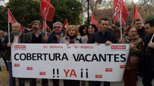 Manifestación de CCOO por la cobertura de vacantes en las guarderías