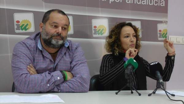 Rafael Sánchez Rufo y Silvia Zambrano (IU).