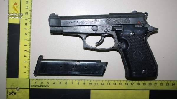 Pistola usada en un atraco en Carrión de los Céspedes