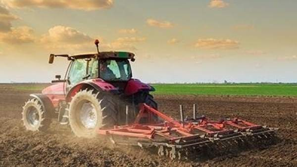 Tractor, agricultura, arando