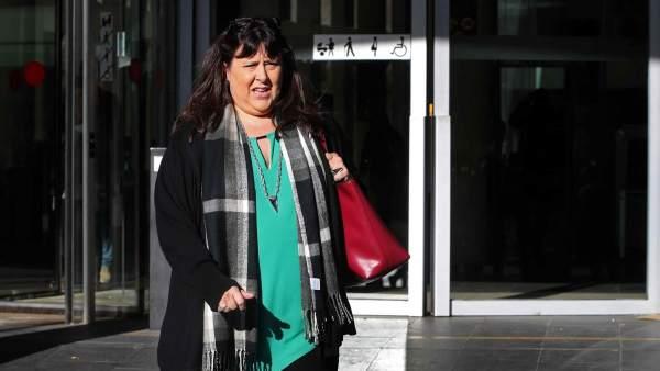 Seis profesores del IES de Sant Andreu declaran ante la fiscalía por el debate sobre las cargas del 1-O