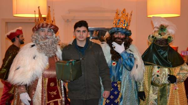 Los Reyes Magos durante la visita