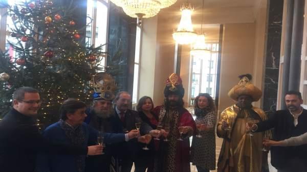 Tripartito encuentro con los Reyes Magos