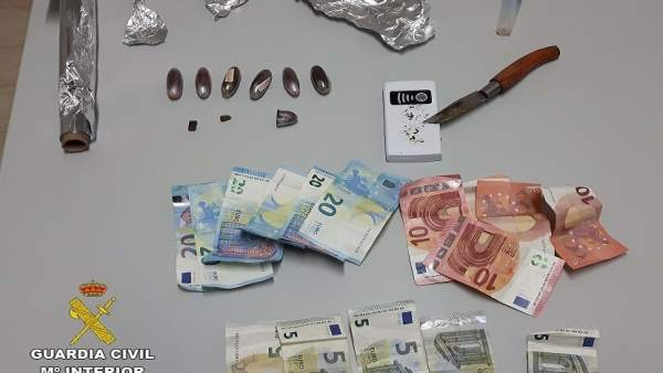 Remitiendo Np Opc Huelva 'La Guardia Civil Interviene 16 Kilogramos De Pulpo Inm