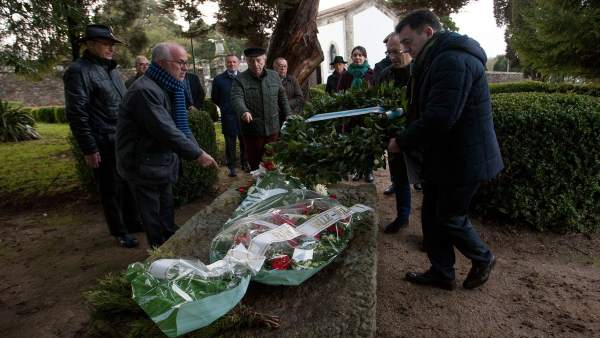 Ofrenda floral a Valle-Inclán en el 82 aniversario de su muerte
