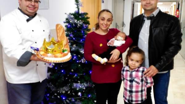 Roscón de Reyes para la familia del primer leridano del año
