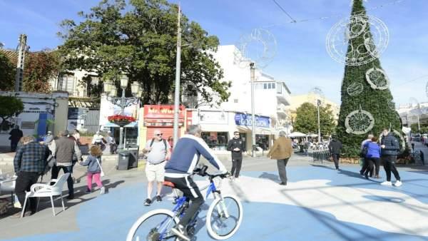 Torremolinos, navidad, plaza, bicicleta