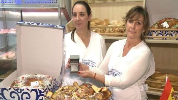 Panadería introduce diamante en uno de sus roscones de Reyes