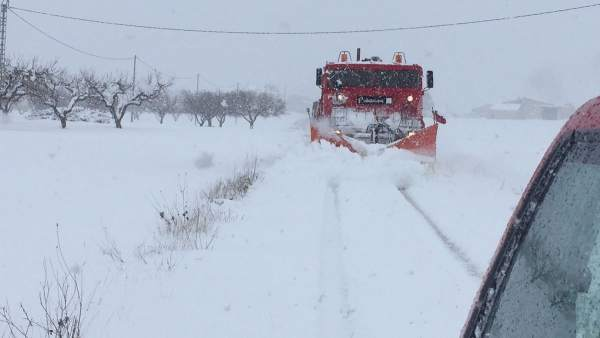 Nieve, nevada, temporal, máquina quitanieves
