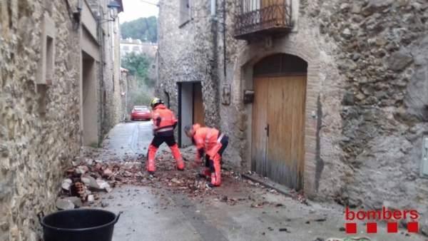 Actuación de los Bombers en Cistella (Girona)