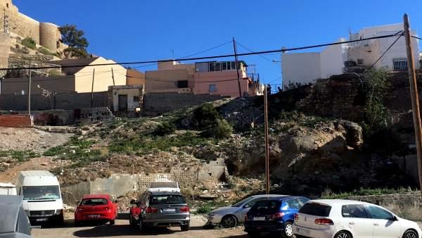 Muro junto al Torreón de Pescadería en Almería capital