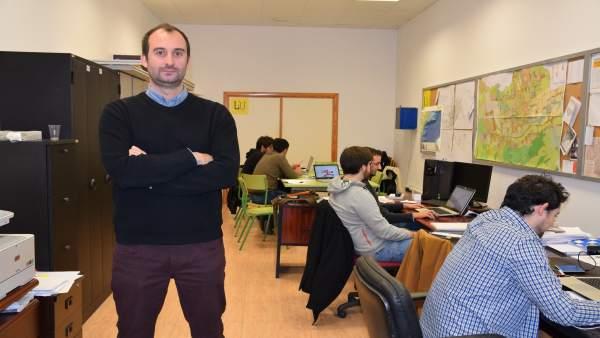 Fernando García en el Laboratorio de Investigación Urbana de la UPCT