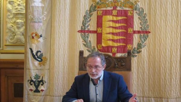 El concejal de Urbanismo de Valladolid Manuel Saravia