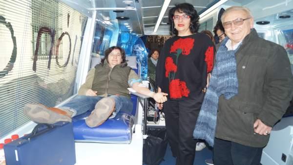 La subdelegada en un acto en favor de las donaciones de sangre.