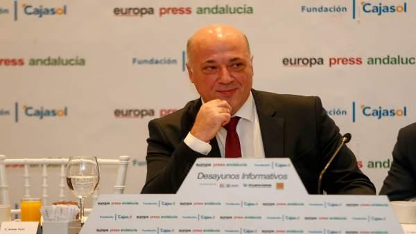 Antonio Ruiz en los desayunos informativos de Europa Press