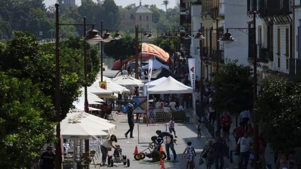 Imagen de la calle Betis en el Día Sin Coche