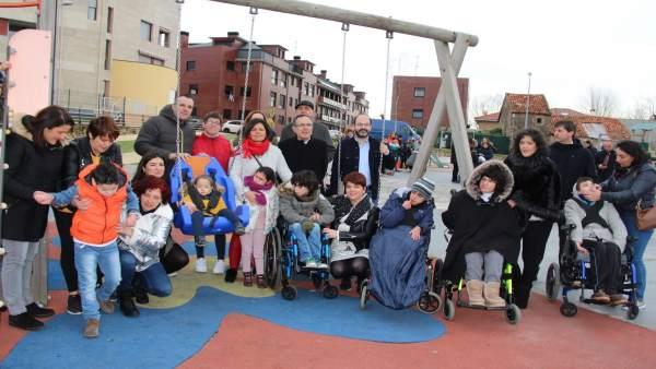 Fotos Inauguración Juegos Integracion Parque Infantil De Sierrapando.Doc