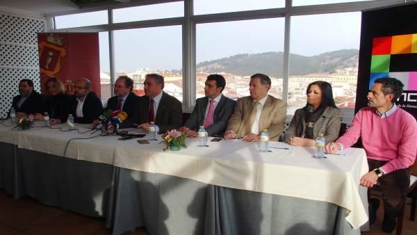 Nota Y Foto Encuentro Informativo Ángel Mariscal