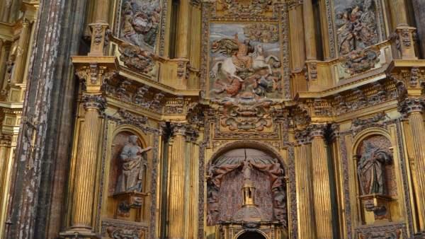 Presbiterio de la Iglesia de Santiago Apóstol de Cigales.