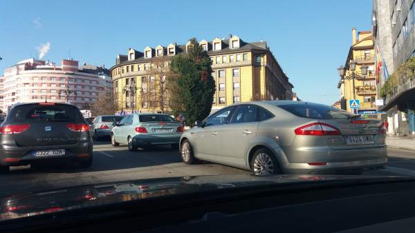 Contaminación en Oviedo, coches