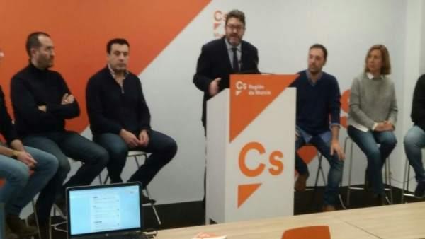 Rueda de prensa Ciudadanos, con Miguel Sánchez a la cabeza