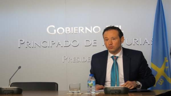 El portavoz del Gobierno asturiano y consejero de Presidencia Guillermo Martínez