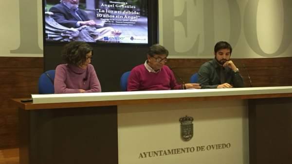 Mercedes González, Roberto Sánchez Ramos y Mario Vega