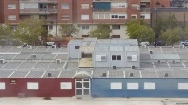 Barracones en un colegio de València