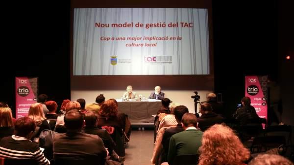 Presentación del nuevo modelo de gestión del Teatro Auditorio de Catarroja