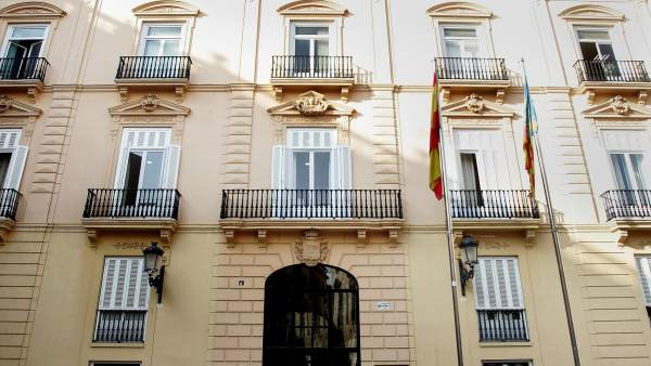 El PP estudia accions legals davant una presumpta contractació irregular de familiars de Compromís en la Diputació