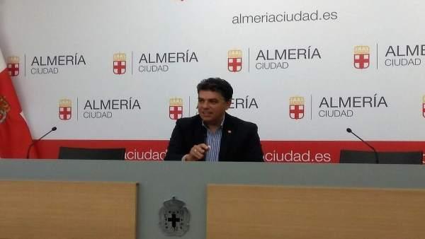 El portavoz de Cs en el Ayuntamiento de Almería, Miguel Cazorla