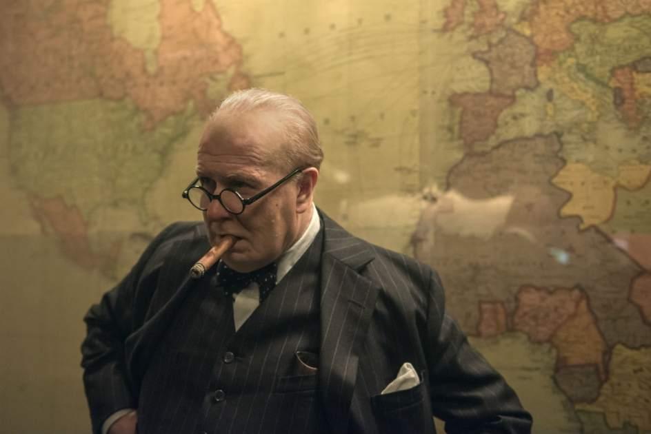 Crítica de 'El instante más oscuro': Cuando Gary Oldman resucitó a Winston Churchill