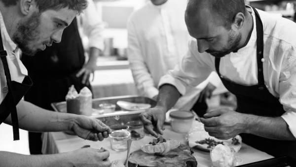 Benito Gómez en la cocina restaurante Bardal ronda estrella michelin