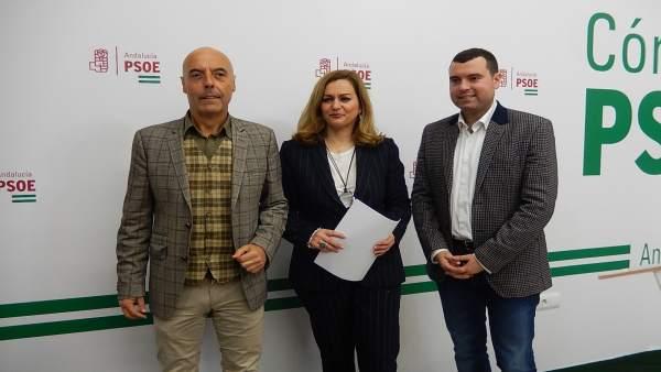 Hurtado, Serrano y Mármol en la sede del PSOE de Córdoba