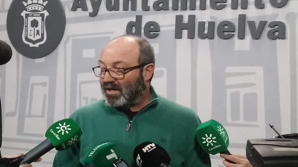 Pedro Jiménez, ante los medios.
