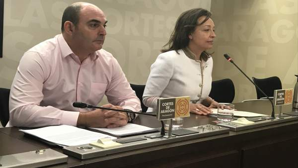 Juan Carlos Gracia Suso y Carmen Susín, del PP