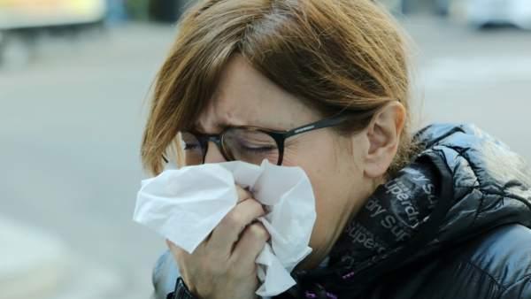 "Montón garanteix que ""si s'esgoten"" els reforços previstos per a la grip ""s'augmentaran"""