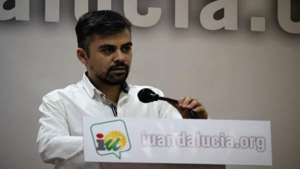 El portavoz de la Dirección Colegiada de IULV-CA Pedro J. Ortega