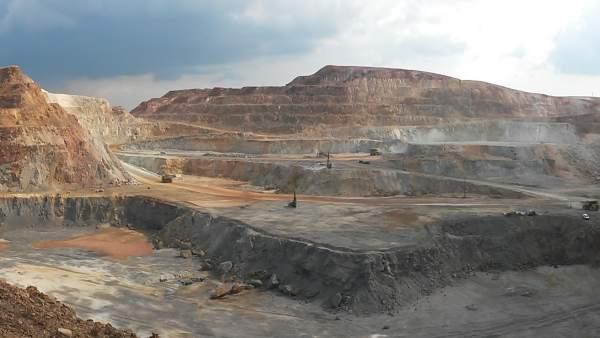 Corta en Atalaya Mining en la mina de Riotinto.