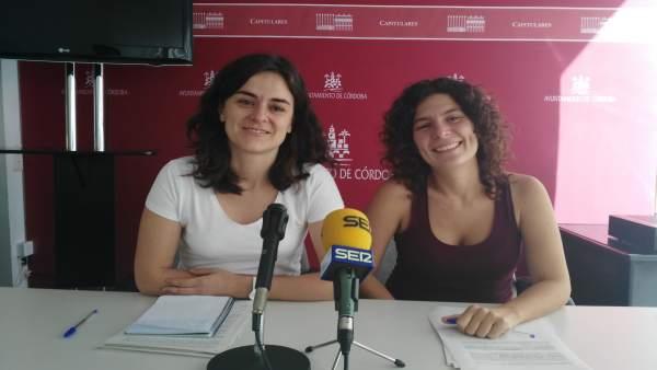María de los Ángeles Aguilera y Vicky López