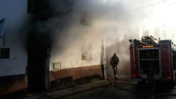 Incendio en Alagón (Zaragoza)