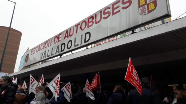 Valladolid.- Concentración convenio del transporte